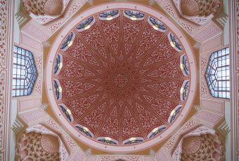 7 Desain Masjid Instagenik di Malaysia