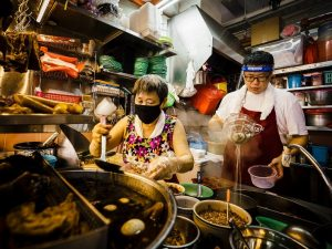 7 Hawker Centre Singapura Favorit Selebriti dan Diakui Michelin