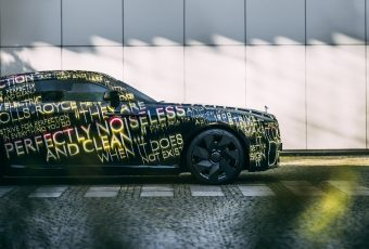 Rolls-Royce Bertenaga Listrik Diluncurkan, Ini Penampakannya